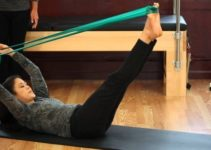 power-pilates-with-a-resistance-band-min